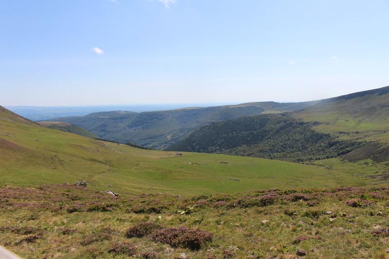 Le Plomb du Cantal et le col de Prat de Bouc Img_8225