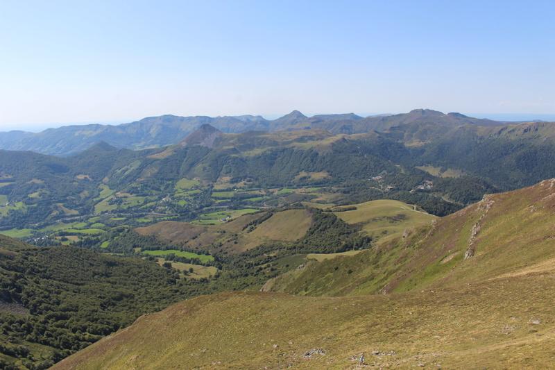 Le Plomb du Cantal et le col de Prat de Bouc Img_8226