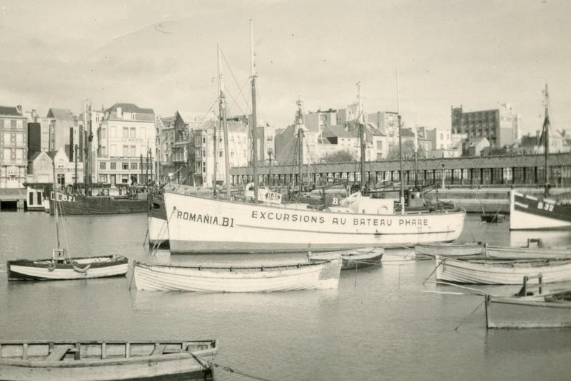 Les Bateaux d'excursions en mer des ports belges - Page 5 Romani10