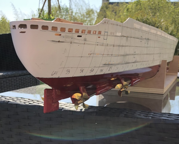France 1/200 kit new cap maquette - Page 4 Img_4927