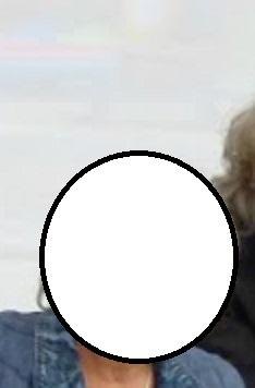 C'est qui sur la photo? - Page 3 P1140810