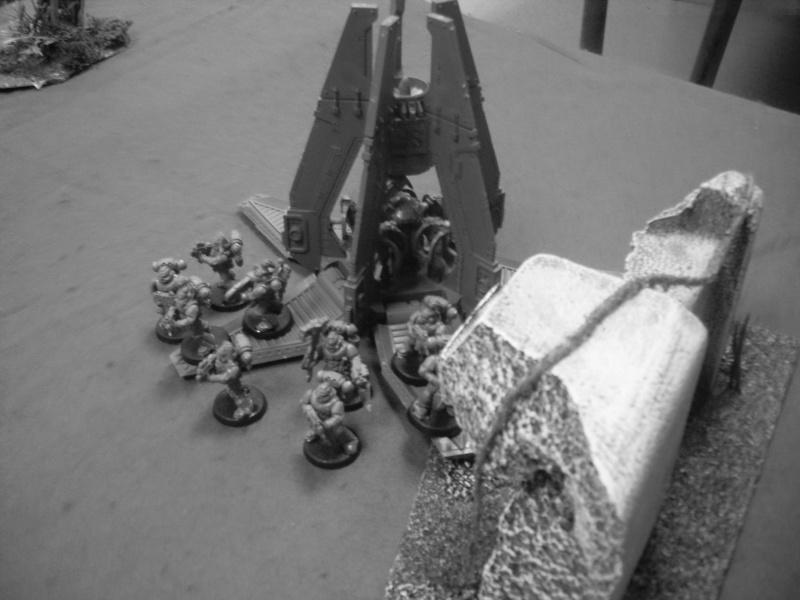 [Warhammer 40K] Les spaces wolf croustillent-ils sous les dents des genestealer ? Warham27