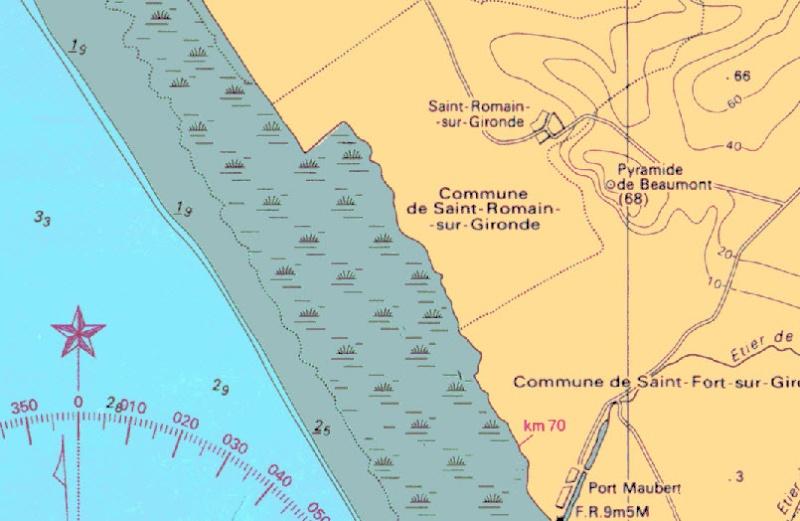 Phare à fumée -Saint Romain sur Gironde -Charente Maritime -France 28-06-10