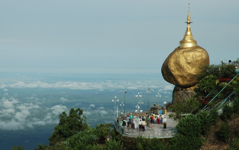Le Rocher d'Or (Pagode de Kyaiktiyo)  -  (MYANMAR (ex-Birmanie). 38521210