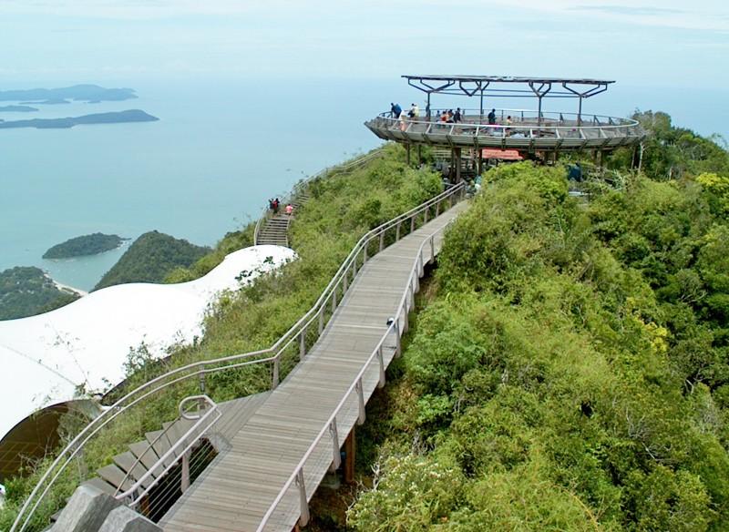 Skybridge, pont belvédère de Langkawi - Malaisie. Sans_t12
