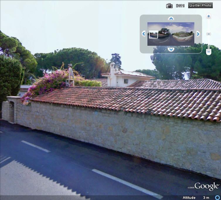 La maison du Père Noël - Corse - France Tini_r10