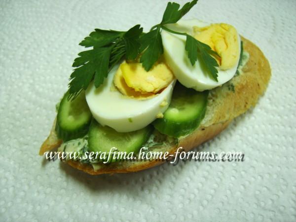 Бутерброд с яйцом и огурцом Imag0130