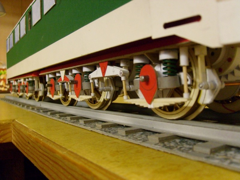 E-Lok  Baureihe 251 Maßstab 1:25 Eigenbau gebaut von klebegold - Seite 3 242k10