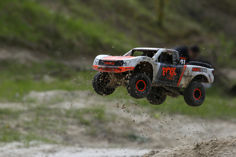 Traxxas unlimited desert truck Arnaud75 - Page 2 Img_4211