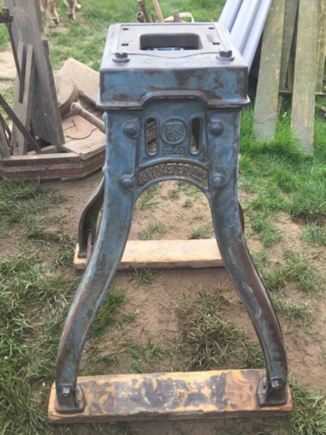 petite restauration d'un ancien moulin a grain Img_2010