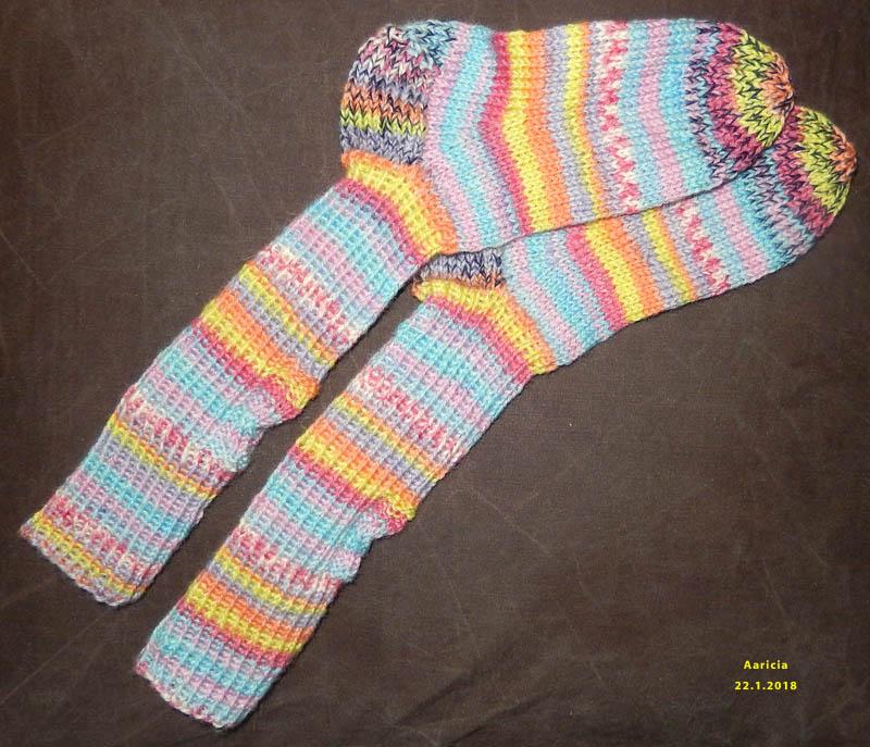 Des chaussettes tricotées ! 2018-221
