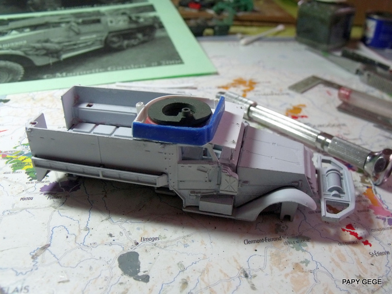 HALF-TRACK M3 TRANSPORT DE TROUPE au 1/50 + M3 AMBULANCE Half_t16
