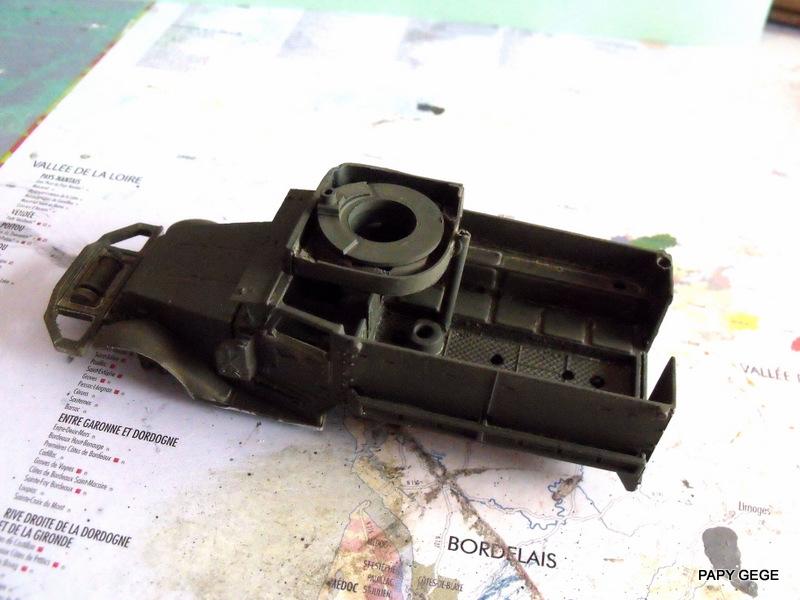 HALF-TRACK M3 TRANSPORT DE TROUPE au 1/50 + M3 AMBULANCE Half_t18