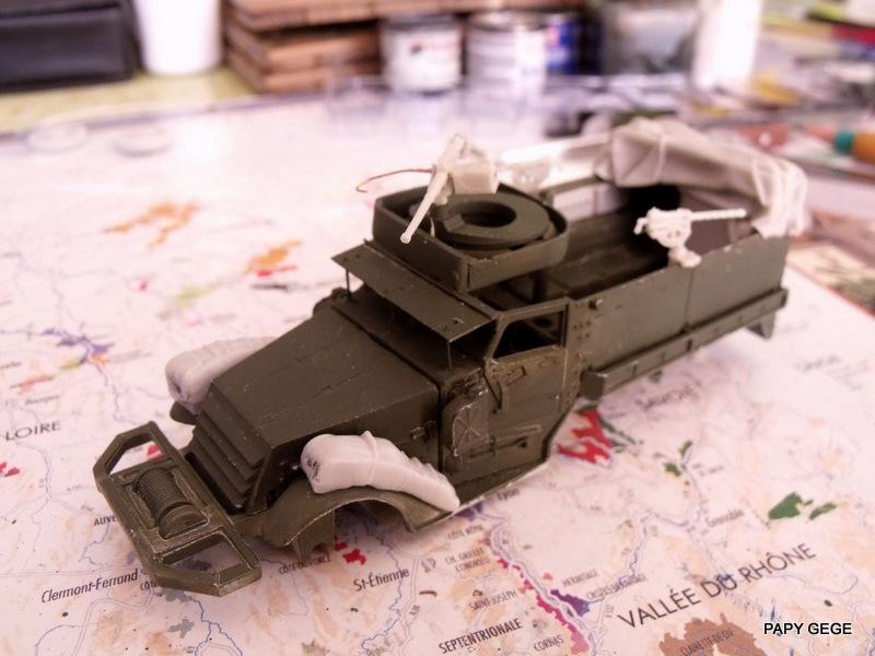 HALF-TRACK M3 TRANSPORT DE TROUPE au 1/50 + M3 AMBULANCE Half_t21