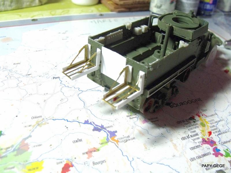 HALF-TRACK M3 TRANSPORT DE TROUPE au 1/50 + M3 AMBULANCE Half_t28