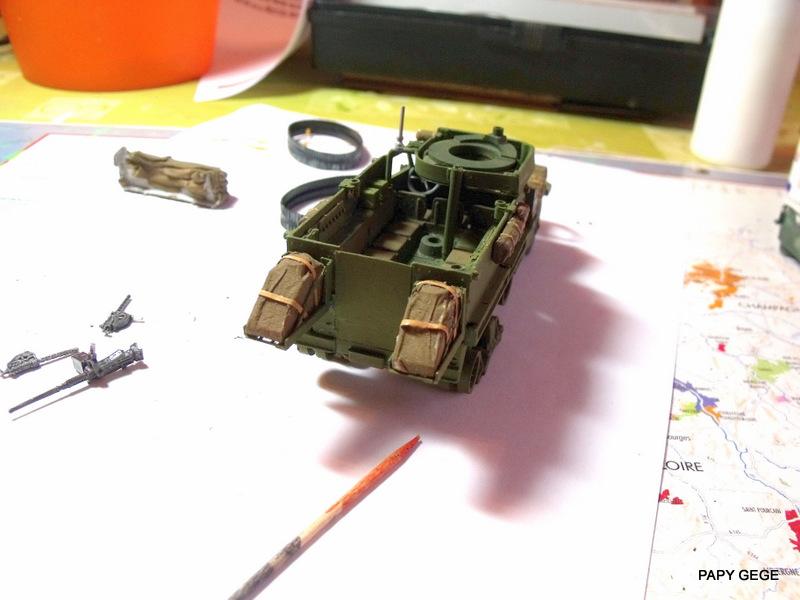 HALF-TRACK M3 TRANSPORT DE TROUPE au 1/50 + M3 AMBULANCE Half_t31