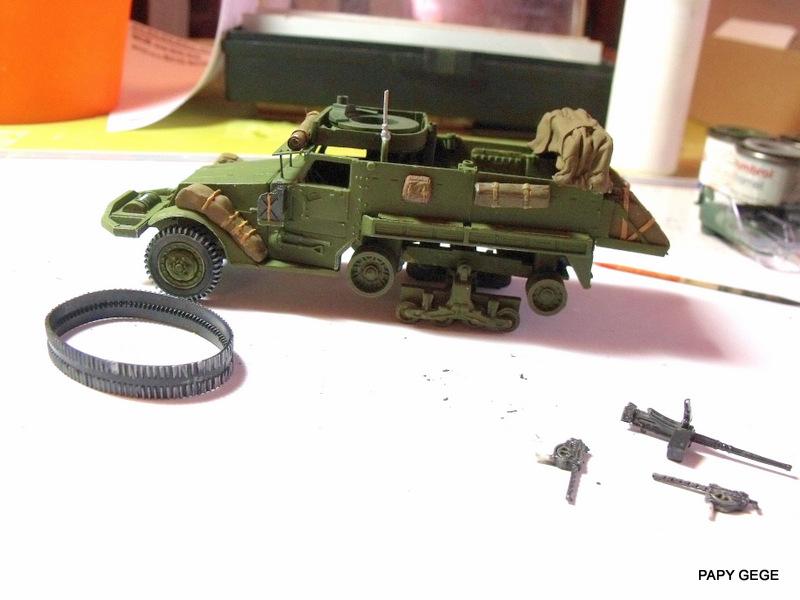 HALF-TRACK M3 TRANSPORT DE TROUPE au 1/50 + M3 AMBULANCE Half_t33