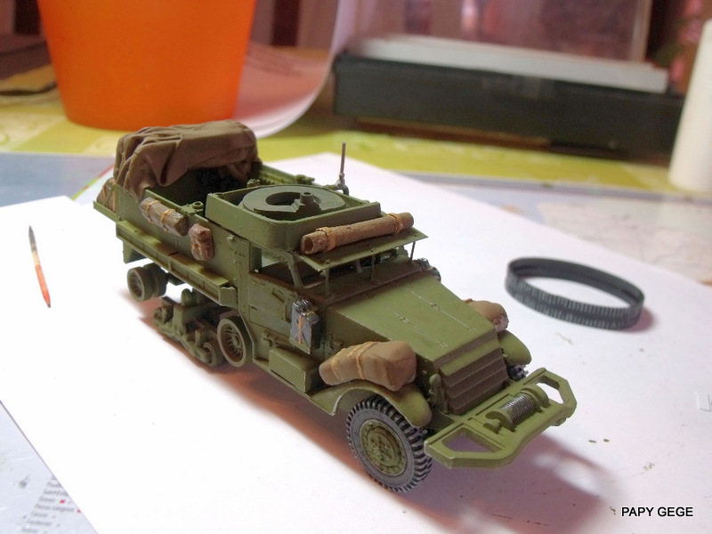 HALF-TRACK M3 TRANSPORT DE TROUPE au 1/50 + M3 AMBULANCE Half_t34