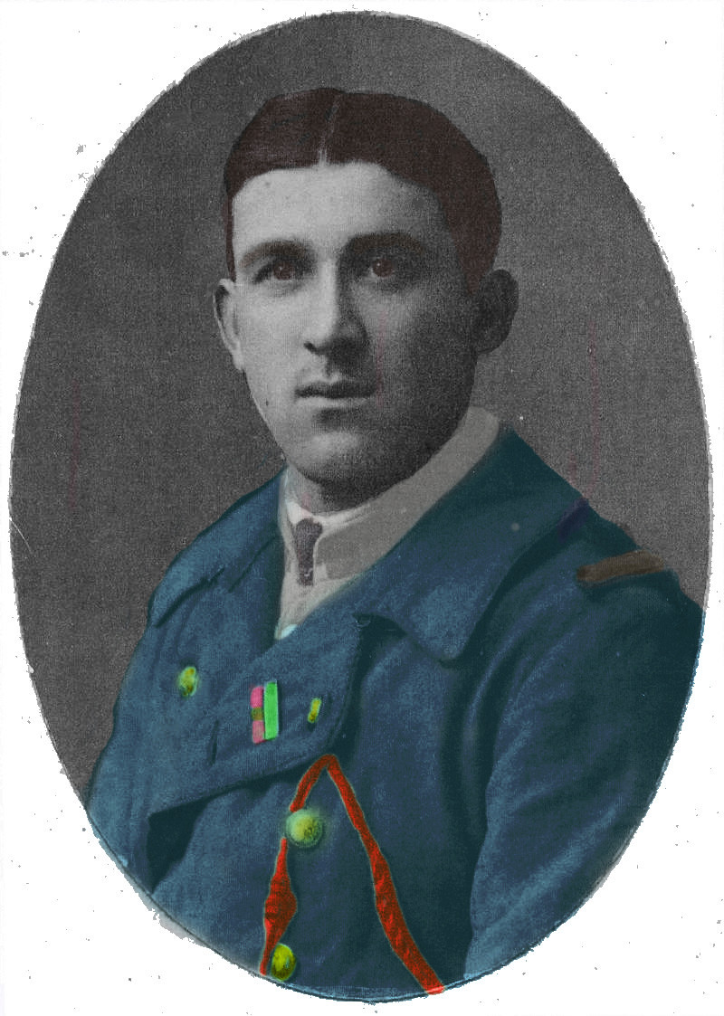 Un petit soldat de la grande guerre : portrait retouché. - Page 18 Chivot16