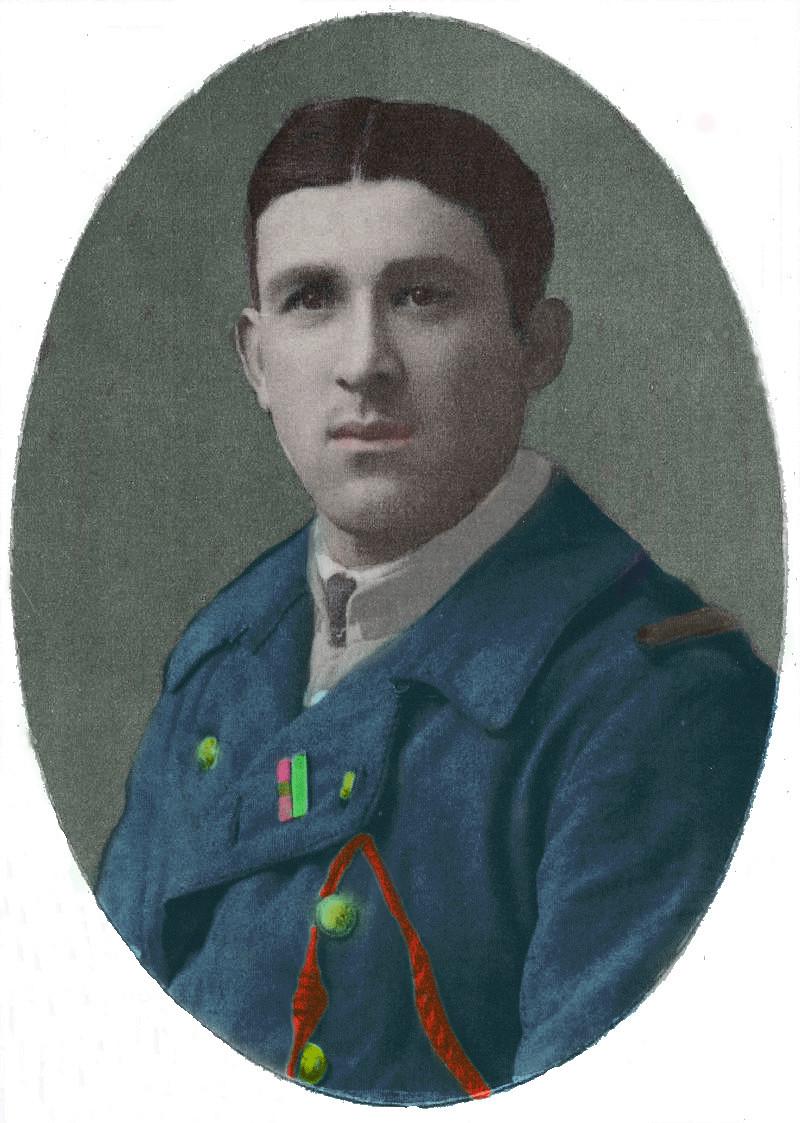 Un petit soldat de la grande guerre : portrait retouché. - Page 18 Chivot17