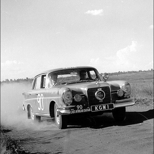 photo de mercedes de rallye - Page 4 13413410