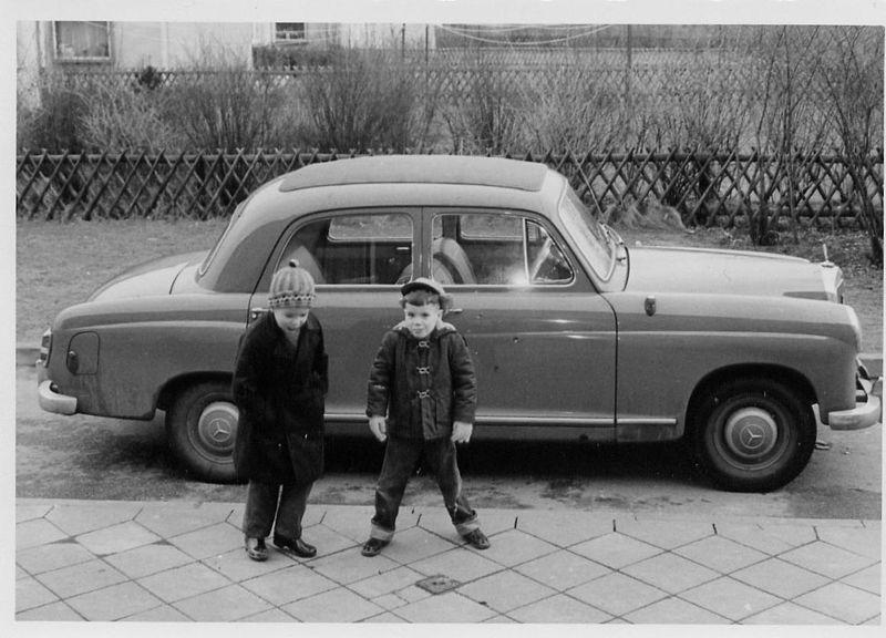 les plus belles photos d ancienne mercedes d origine - Page 15 1959_m10