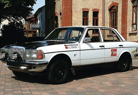 photo de mercedes de rallye - Page 3 5f64dc10