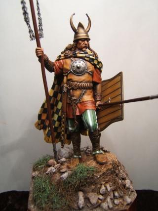 porte enseigne celte IV eme siècle Dscf2225
