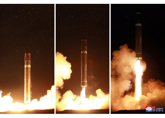Développement des fusées et missiles et la Corée du Nord - Page 5 Hwason10