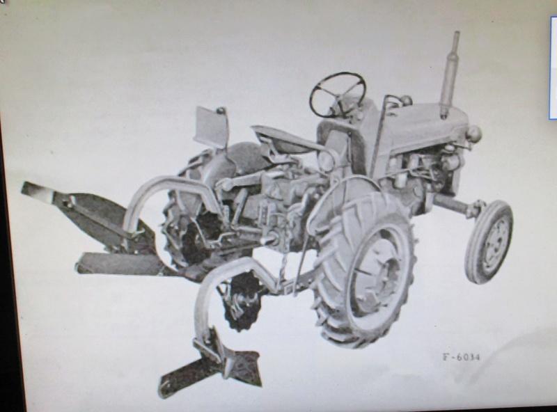 Tracteur F135 D Img_1611