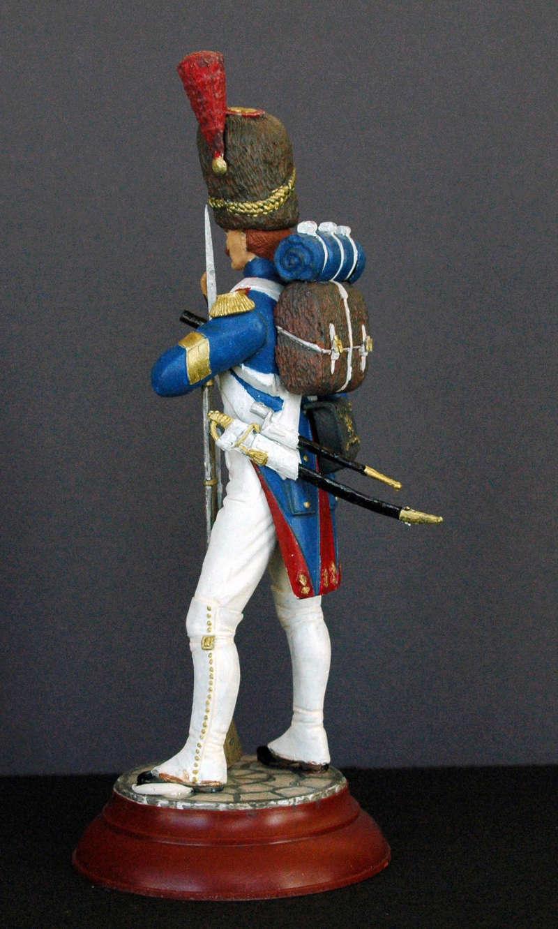 Grenadier de la garde au 1/16 de Mini Art Figurine Dsc_0040
