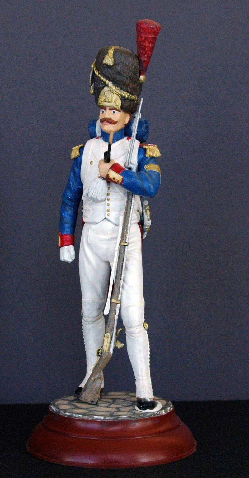 Grenadier de la garde au 1/16 de Mini Art Figurine Dsc_0042