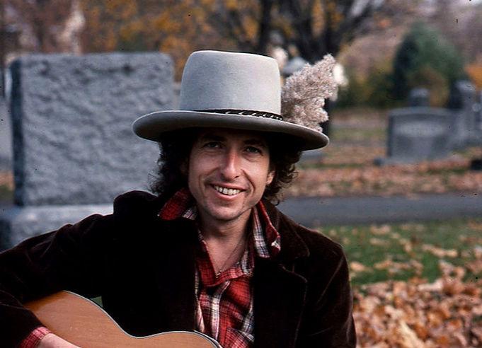 Kinky Bob - Page 9 Dylan711