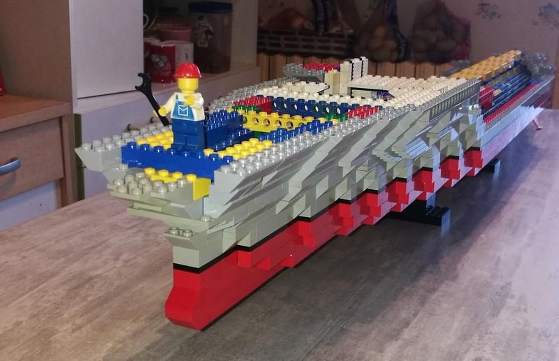 Porte avions en Lego CV05 Panthere 01410