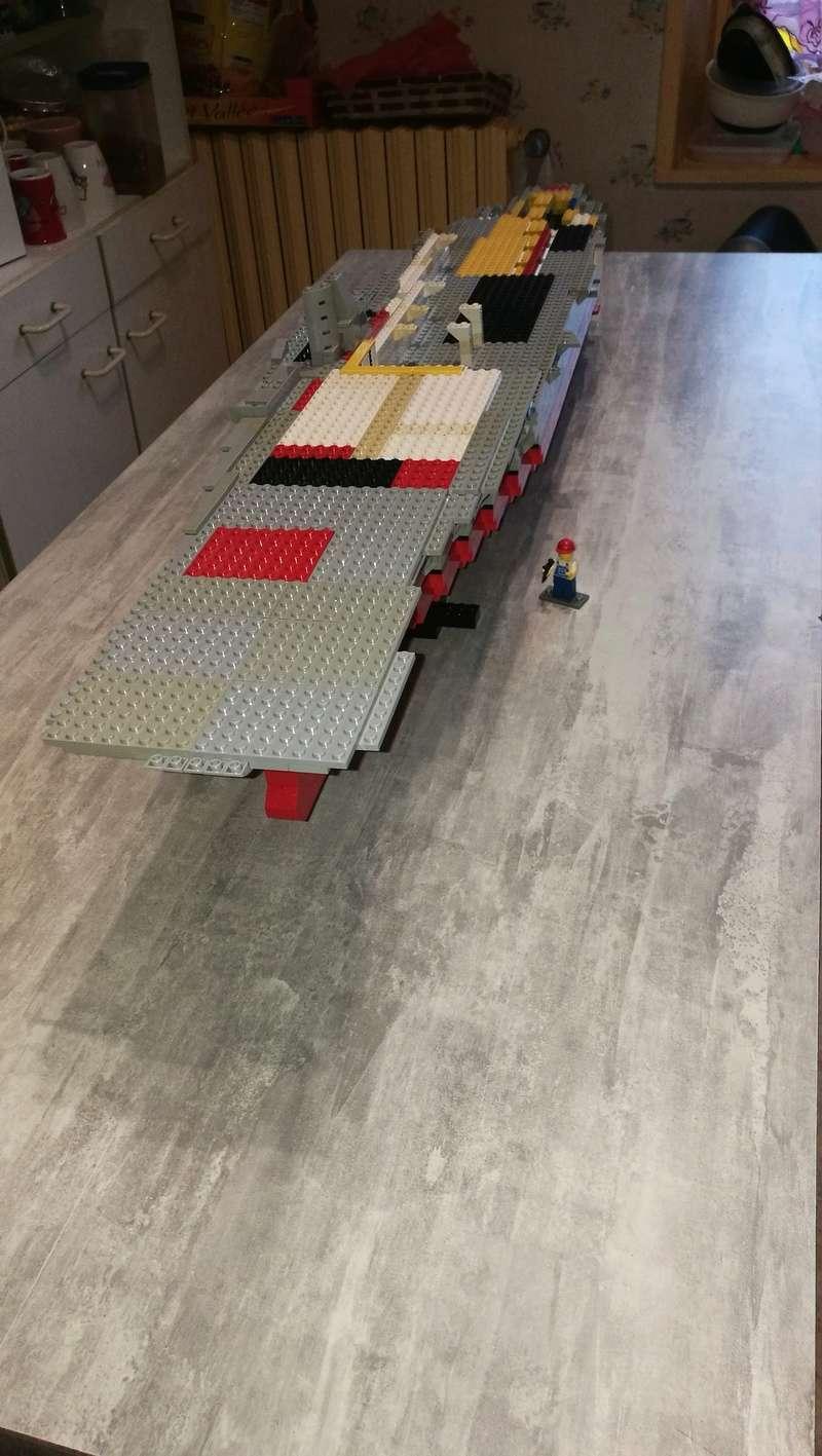 Porte avions en Lego CV05 Panthere 019_510