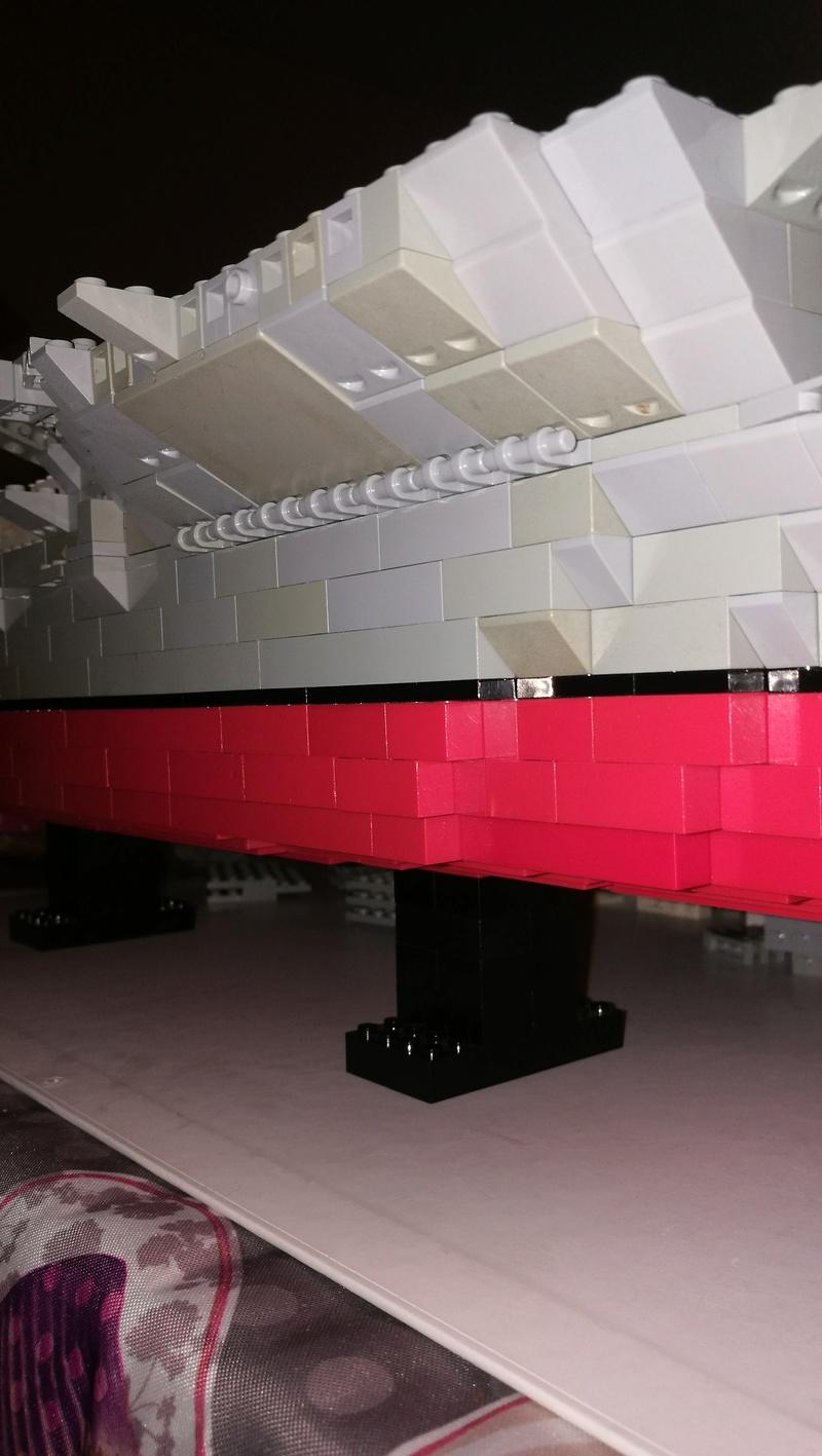 Porte avions en Lego CV05 Panthere 02410