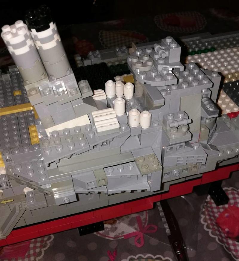 Porte avions en Lego CV05 Panthere 02810