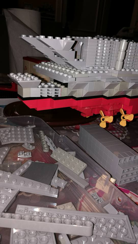Porte avions en Lego CV05 Panthere 02910