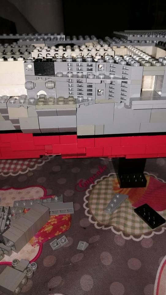 Porte avions en Lego CV05 Panthere 03010