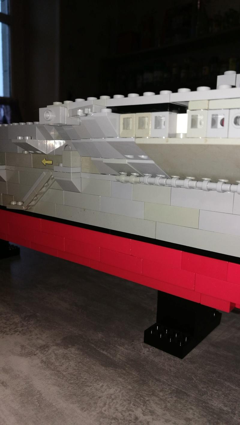 Porte avions en Lego CV05 Panthere 03410