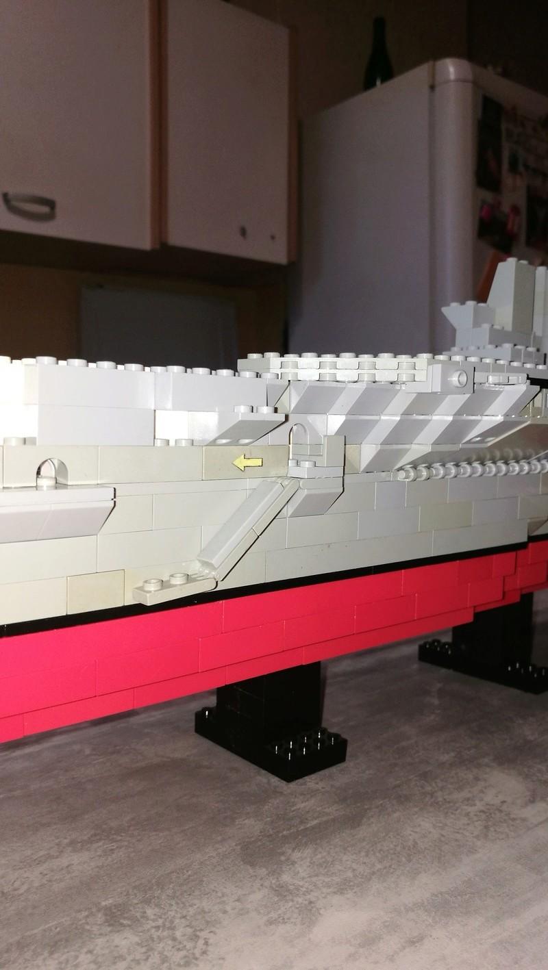 Porte avions en Lego CV05 Panthere 03510