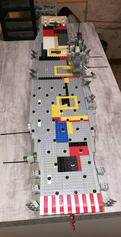 Porte avions en Lego CV05 Panthere 05010