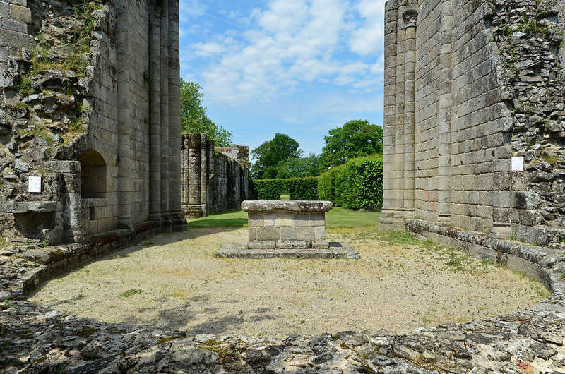 Abbaye de la Grainetière [Vendée] 1280px10