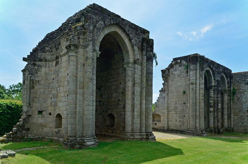 Abbaye de la Grainetière [Vendée] 1280px11