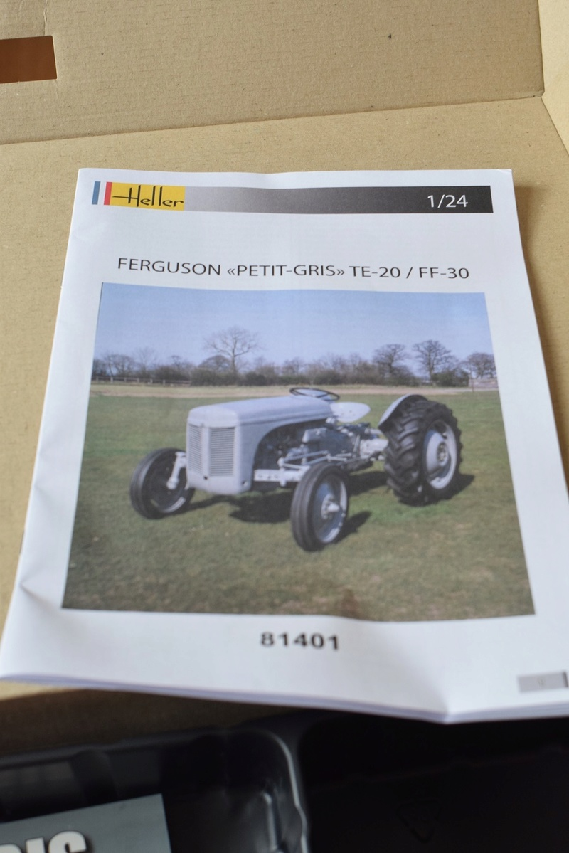 COFFRET LEGENDE FERGUSSON - (réf. 52323) - MAQUETTE HELLER - Heller30
