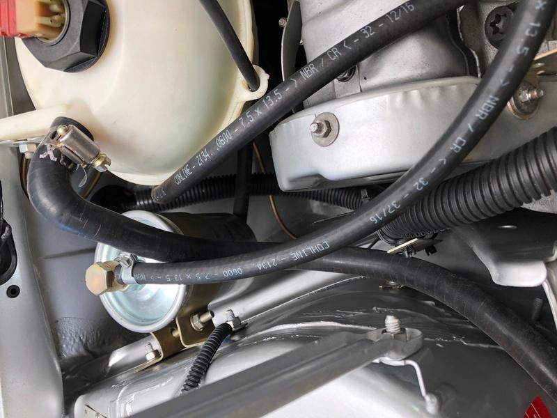 Passage faisceau moteur 205 GTI 1.9 310