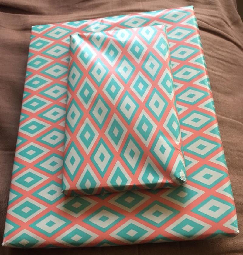 [Partenariat] La ronde des sacs à cadeaux (SUITE) 30261011