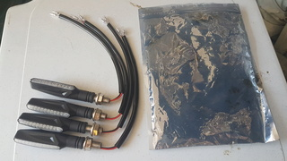 DEMANDE DE TUTO - Changement clignotants LED pour GSX-S750 20180417