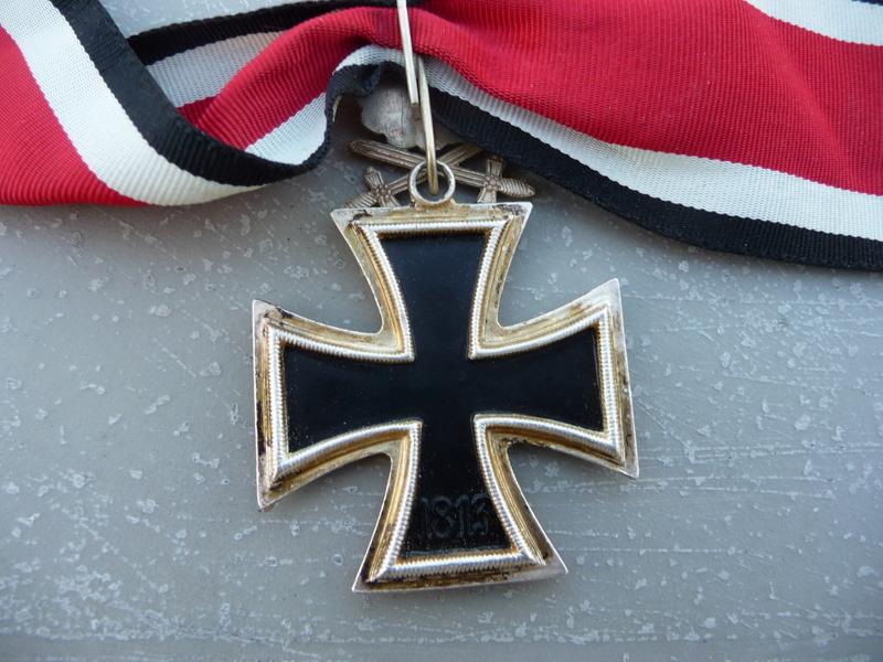 Croix de chevalier glaives et brillants ! P1150733
