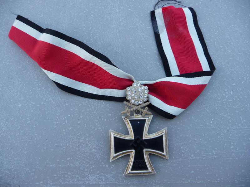 Croix de chevalier glaives et brillants ! P1150734